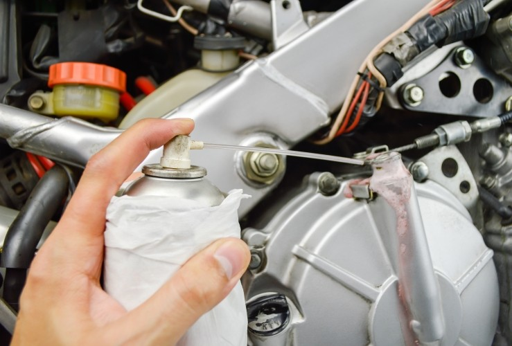 Greasing your motorcycle: Why it's important – and how to do it